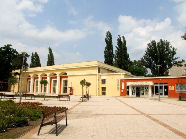 Corvin Cultural Center